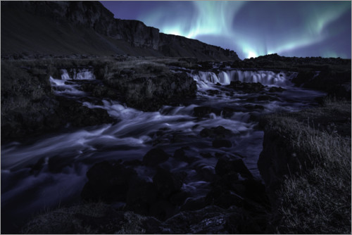 Premium-plakat Northern lights at the waterfall, Iceland
