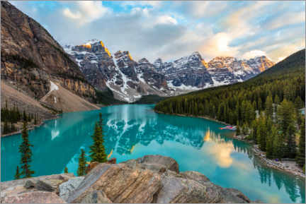 Lærredsbillede  Moraine Lake in Alberta, Canada - Mike Centioli