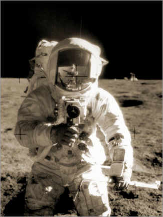 Selvklæbende plakat  Astronaut Charles Conrad on the moon - NASA