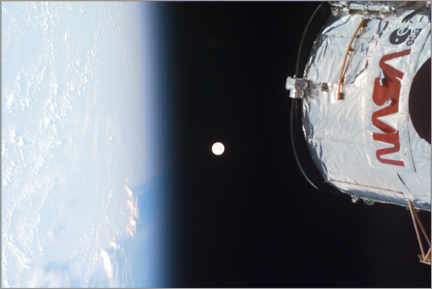 Lærredsbillede  Earth, Moon and Hubble - NASA