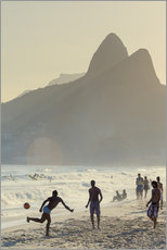 Selvklæbende plakat  Locals playing football on Ipanema - Alex Robinson