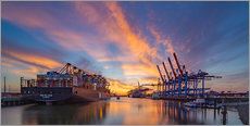Selvklæbende plakat  Sunset at the container terminal Hamburg Waltershof - Heiko Mundel