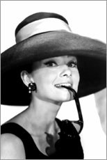 Premium-plakat  Audrey Hepburn i sommer outfit - Celebrity Collection