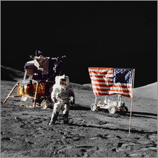 Galleritryk  Apollo 17 astronaut stands near the United States flag - Stocktrek Images
