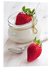 Akrylbillede  Fresh strawberries with curd - Edith Albuschat