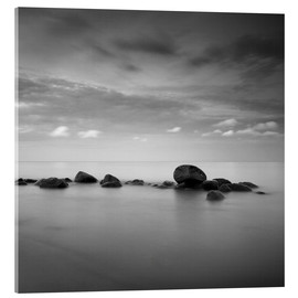 Akrylbillede  Stones on the sea beach - black and white - Frank Herrmann