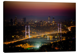 Lærredsbillede  Bosporus-Bridge at night - pink (Istanbul / Turkey) - gn fotografie