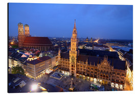 Print på aluminium  Church of our Lady and the new town hall in Munich at night - Buellom