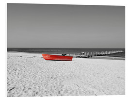 Print på skumplade  Red boat on the beach - HADYPHOTO