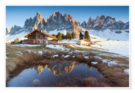 Premium-plakat Hut and Odle mountains, Dolomites