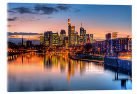 Akrylbillede  Frankfurt skyline at sunset reflected in the Main - HADYPHOTO