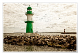 Premium-plakat Green and red lighthouse at the harbor entrance of Warnemünde