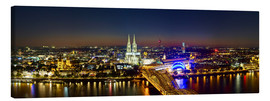 Lærredsbillede  A panoramic view of cologne at night