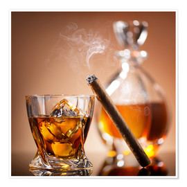 Premium-plakat  Cigar on glass of whiskey with ice cubes