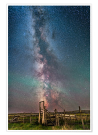 Premium-plakat Milky Way over an old ranch corral.