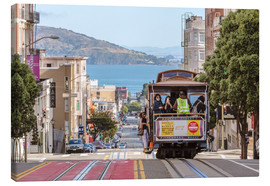 Lærredsbillede  Cable car on a hill in the streets of San Francisco, California, USA - Matteo Colombo