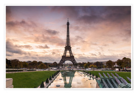 Premium-plakat EIffel tower at sunset from the Trocadero, Paris, France