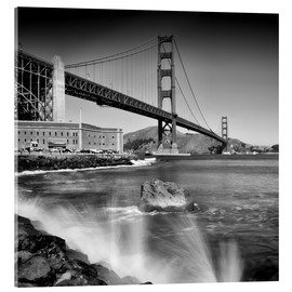 Akrylbillede  Golden Gate Bridge with breakers - Melanie Viola
