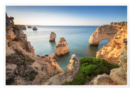 Premium-plakat Cliffs at sunrise, Praia Da Marinha, Algarve, Portugal