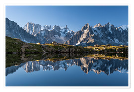 Premium-plakat Grandes Jorasses reflected in Lac De Cheserys, France