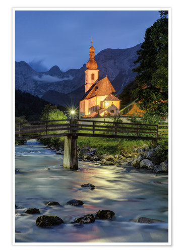 Premium-plakat Church in Ramsau near Berchtesgaden in the evening