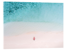 Akrylbillede  Drone view of woman on the beach, Maldives - Matteo Colombo