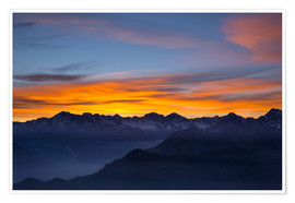 Premium-plakat Colorful sky at sunset over the Alps